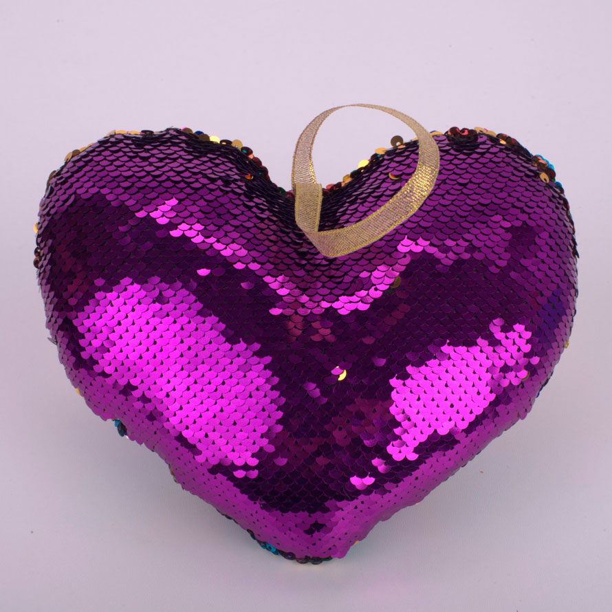 Подушка сердце с пайетками